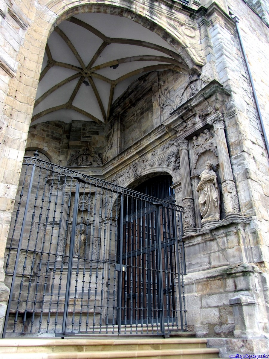 CHURCH OF SAN ANTÓN 3